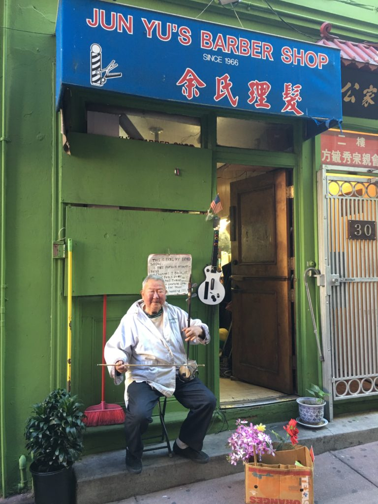 chinatown-story-1-jun-yus-barber-shop-on-ross-alley